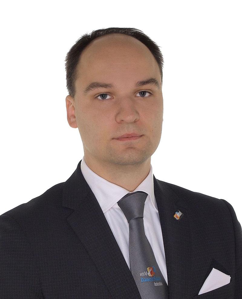 PASTEBIMAS. Martynas Kūra Lietuvos sportinių šokių federacijoje užima svarbias pareigas ir pastaruoju metu interviu dalija vieną po kito. Asmeninio archyvo nuotr.